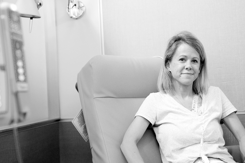 Lindsay at her last chemotherapy appointment.